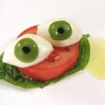 ثمانية عشر اطعمة جيدة لصحة العيون